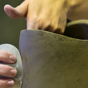 Smoothing Pot with a Rib